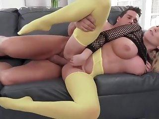 Big boobs MILF - pusillanimous leggings