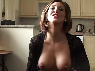 Roughly dicked UK sheila receives a big facial from master