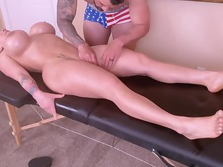 Horny Young Mommy Is Spoiled Forth A Tongue Massage And A Ro - massage
