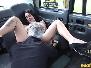 Sexy brunette loves a pleasurable doze on the alongside seat