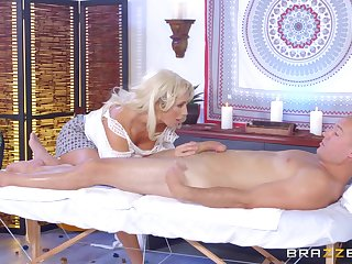 Leggy MILF Olivia Fox savors unendingly second of a pile-driving charge from