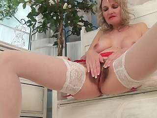 Foxy blonde adult Roxy Jay opens her hooves everywhere finger her hairy cunt