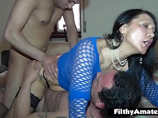 Duo real divorced MILFs have fun with DP and drinking cum