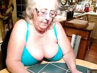 Amateur Big Boobs Granny Webcamera Feign
