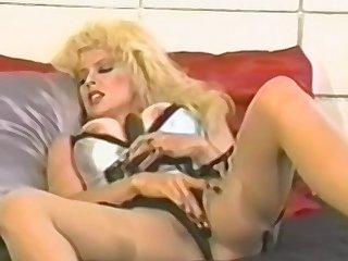 Tyro blonde mature fucks herself on touching a toy