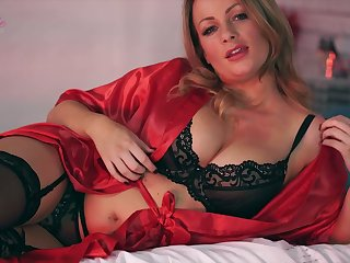 Ardent Penny Lee looks more than stunning in will not hear of lacy lingerie