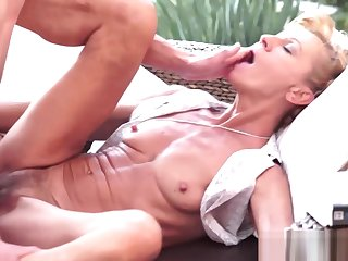 Horny granny hungry be advantageous to cock
